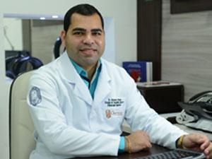 Dr. Alysson Amaury